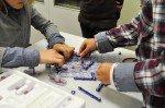 Schaltkreise bauen in Physik (Foto: SMMP/Hentrich)