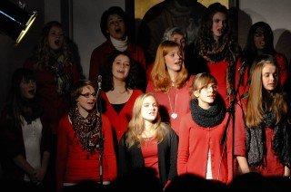 Begeisterung, die überspringt: Schulchor und Solisten des WBG. (Foto: SMMP/Hentrich)