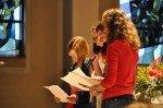 Die Oberstufen-Gottesdienst-AG gestaltet den Schulgottesdienst (Foto: SMMP/Hentrich)