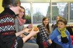 Frühstück in der 9. Klasse (SMMP/Hentrich)
