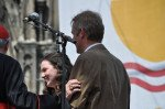 Gratulation für Herrn Loose und seine Schüler bei der Prämierungsfeier Schulwettbewerb Eucharistischer Kongress 6. Juni 2013 Köln (Foto: WBG/Sr. Johanna Hentrich)