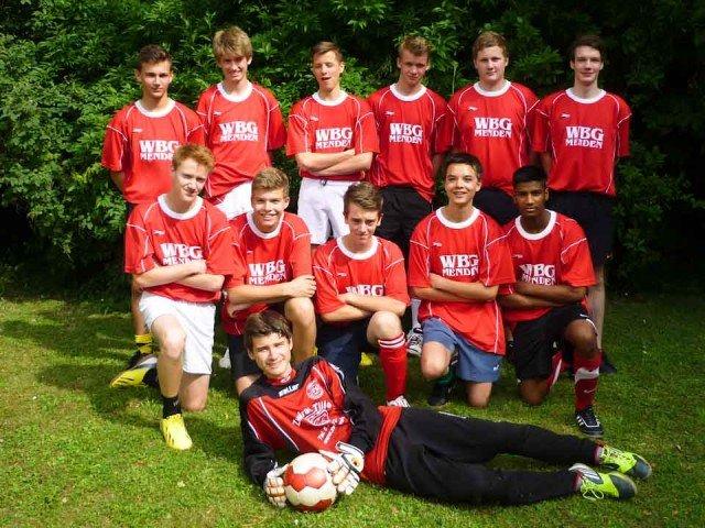 Fußball-Jungenteam des WBG der Jahrgangsstufe 10 (EF)