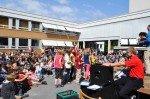 Ehrungsfeier 2013 auf dem Schulhof. (Foto: SMMP/Sr. Johanna Hentrich)