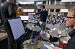Die Band des WBG sorgt zusammen mit dem Schulchor für die musikalische Umrahmung der Ehrungsfeier. (Foto: SMMP/Sr. Johanna Hentrich)