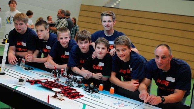 Erfolg beim Finale des zdi-Roboterwettbewerbs 2013 für AUP_Junior1. (Foto: zdi)