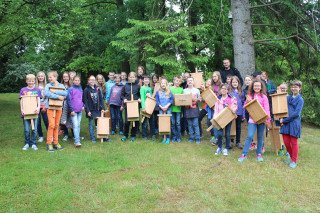 Die Klasse 5c präsentiert ihre beachtlichen Erzeugnisse. (Foto: Wibbeke/SMMP)